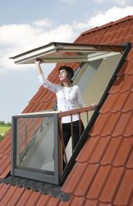 Balkonfenster FGH-V P2 Galeria - Fakro3
